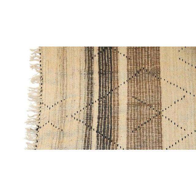"Moroccan Vintage Beni Ouarain Rug - 4'3""x6'8"" - Image 4 of 4"