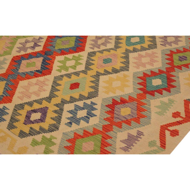 Textile Shabby Chic Sylvie Ivory/Rust Hand-Woven Kilim Wool Rug -6'7 X 9'8 For Sale - Image 7 of 8
