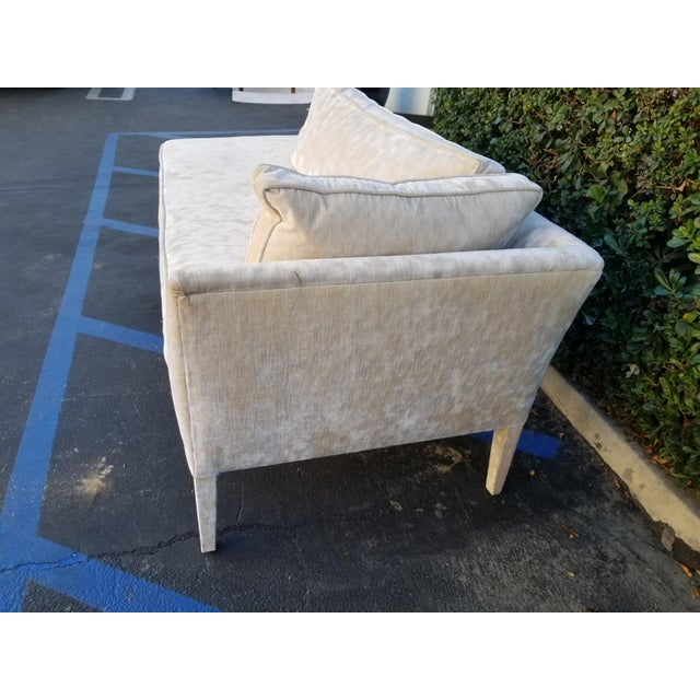 Custom Cream Textured Velvet Chaise With Fabric Covered Legs For Sale In Los Angeles - Image 6 of 10