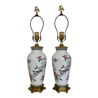 1970's Ethan Allen Chinoiserie Painted Ceramic and Brass Lamps - a Pair For Sale