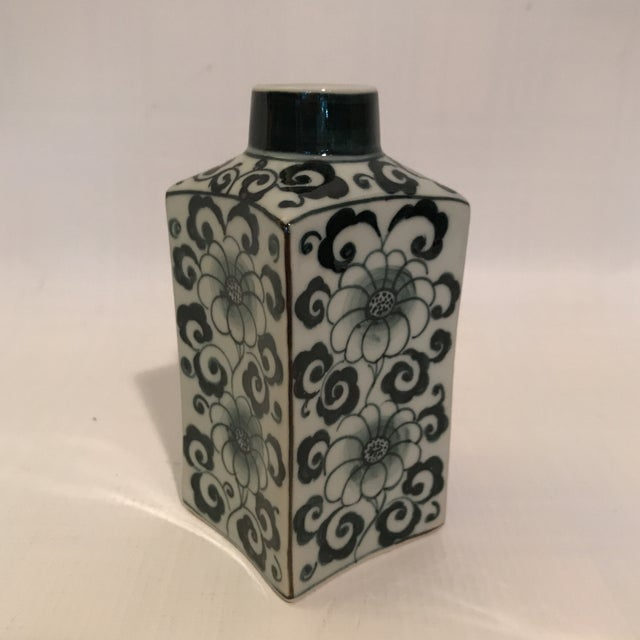 Small Square Blue and White Porcelain Vase For Sale - Image 9 of 9