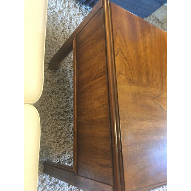 1970s Mid-Century Modern Drexel End Table For Sale In Providence - Image 6 of 9