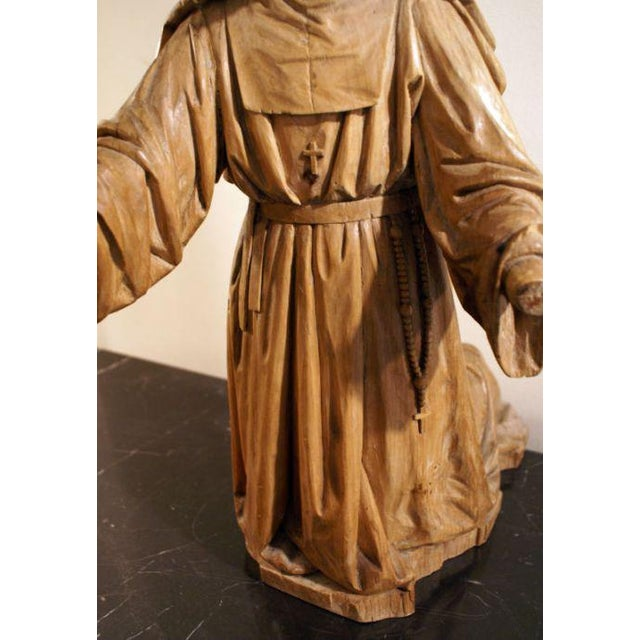 Early 19th Century 19th Century Boxwood Carving of a Praying Nun For Sale - Image 5 of 5