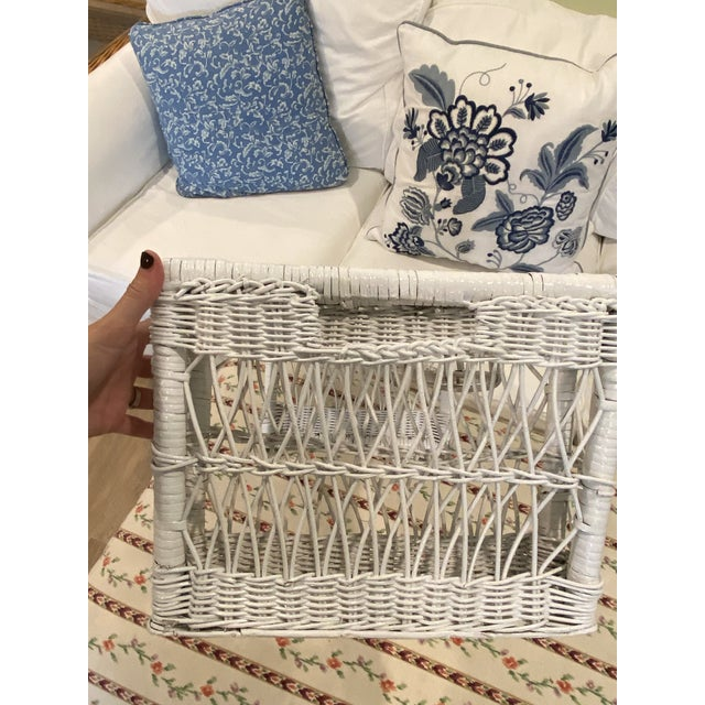 Nautical 1970s Palm Beach Boho Chic White Wicker Breakfast in Bed Serving Tray For Sale - Image 3 of 7
