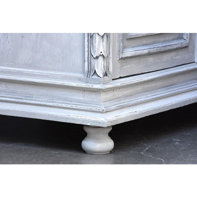 Traditional French Louis XVI-style Painted Buffet - Image 4 of 10