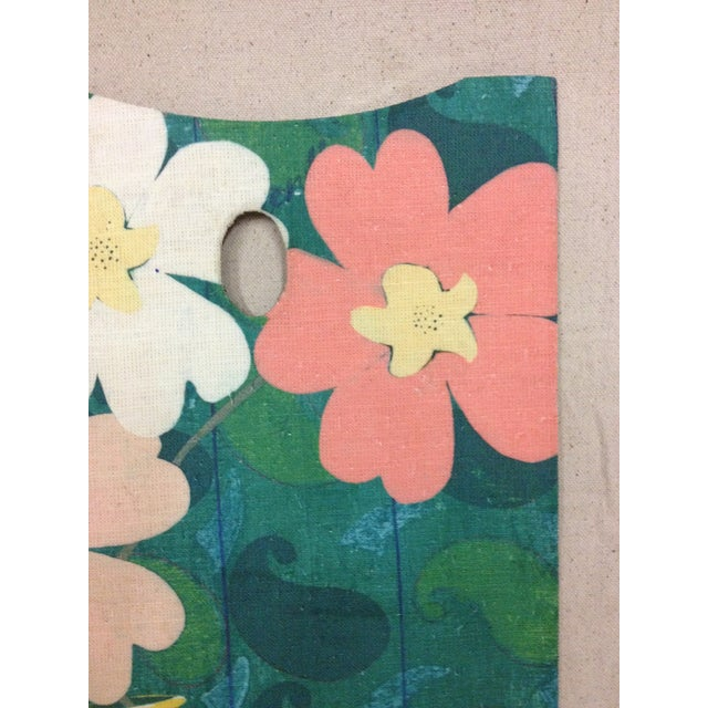 Abstract Vintage Painters Pallete with Floral Applique For Sale - Image 3 of 7