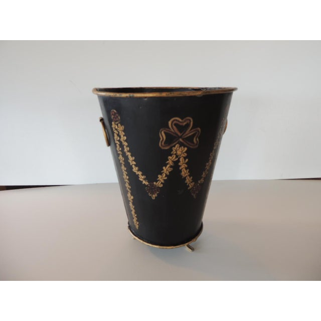 Late 20th Century Tole Black and Gold Catchpot For Sale - Image 5 of 5