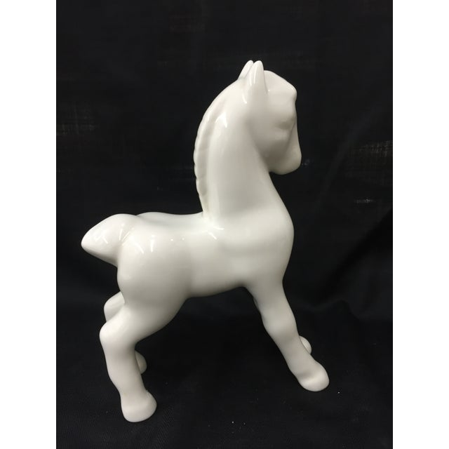 Asian Shenango 1910 China White Ceramic Horse For Sale - Image 3 of 5