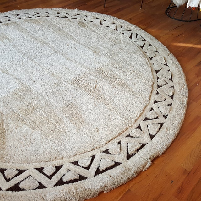 "Edward Fields White Round Wool Rug 10'6"" - Image 4 of 6"