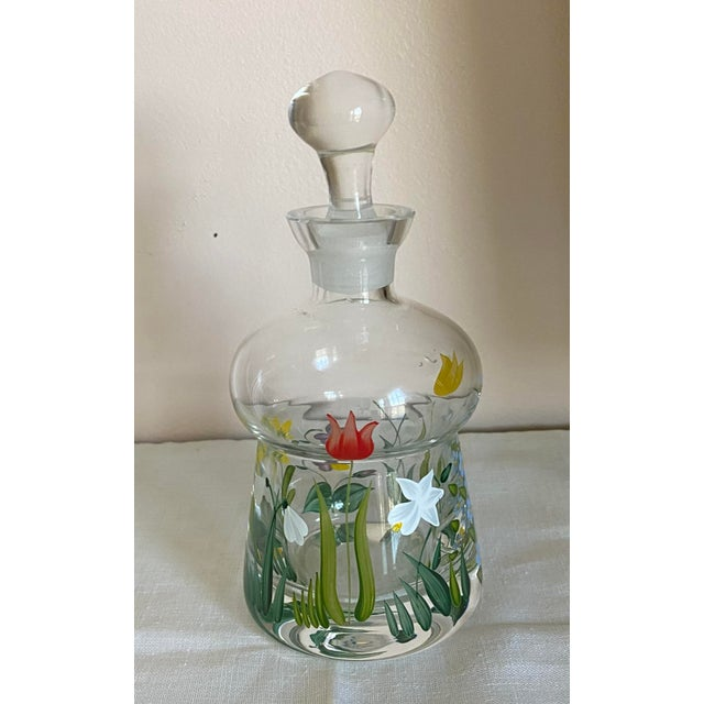 American Vintage Hand Painted Crystal Perfume Bottle With Stopper For Sale - Image 3 of 6