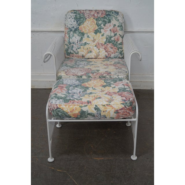 Store Item #: 14626-fwmr Woodard Vintage White Painted Patio Glider Lounge Chair w/ Ottoman AGE/COUNTRY OF ORIGIN: Approx...