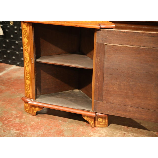 Early 19th Century Dutch Walnut Marquetry Corner Cabinet with Inlay Work For Sale - Image 5 of 9