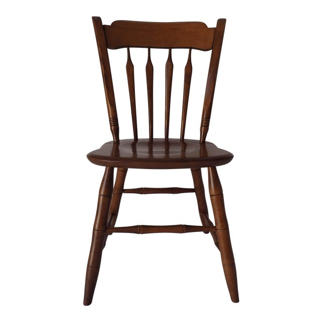 Ethan Allen Country Thumb-Back Dining Chair For Sale