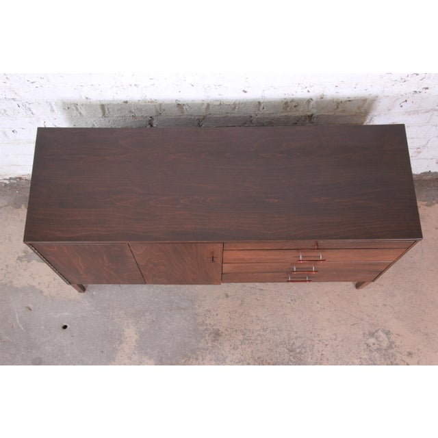 Paul McCobb Perimeter Group Birch Credenza, Newly Restored For Sale - Image 12 of 13