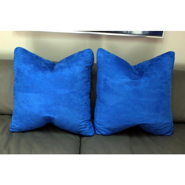 "Fabric Designers Guild Custom ""Mezzola"" Square Edge Cobalt Blue Accent Pillows - a Pair For Sale - Image 7 of 7"