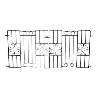 Antique English Wrought Iron Garden Gates or Entry Gate For Sale
