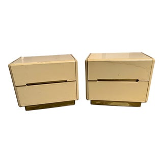 Vintage 2-Drawer Lane Nightstands - a Pair For Sale