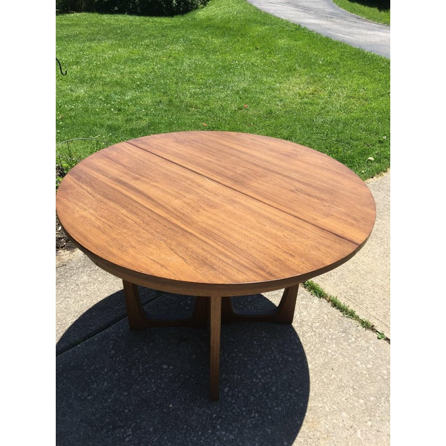 Wood Broyhill Emphasis Mid Century Dining Room Table For Sale - Image 7 of 12