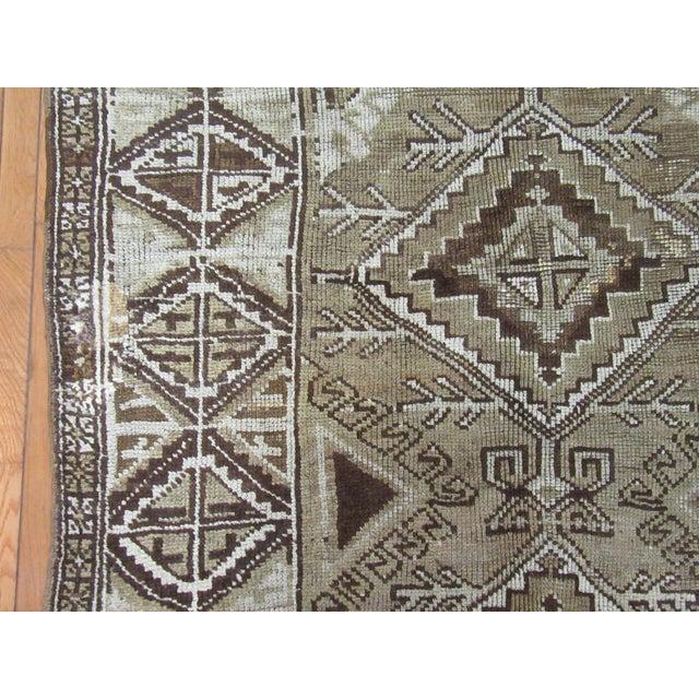 "1960s 1960's Vintage Handmade Wool Turkish Anatolian Area Rug-4'10'x10'3"" For Sale - Image 5 of 10"