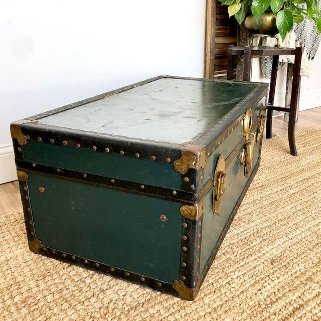 1940s 1940s Traditional Green Steamer Trunk Coffee Table For Sale - Image 5 of 13