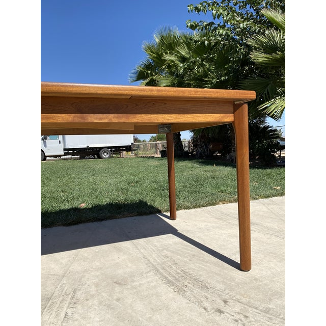 Brown 1950s Mid-Century Modern Teak Dining Table For Sale - Image 8 of 9