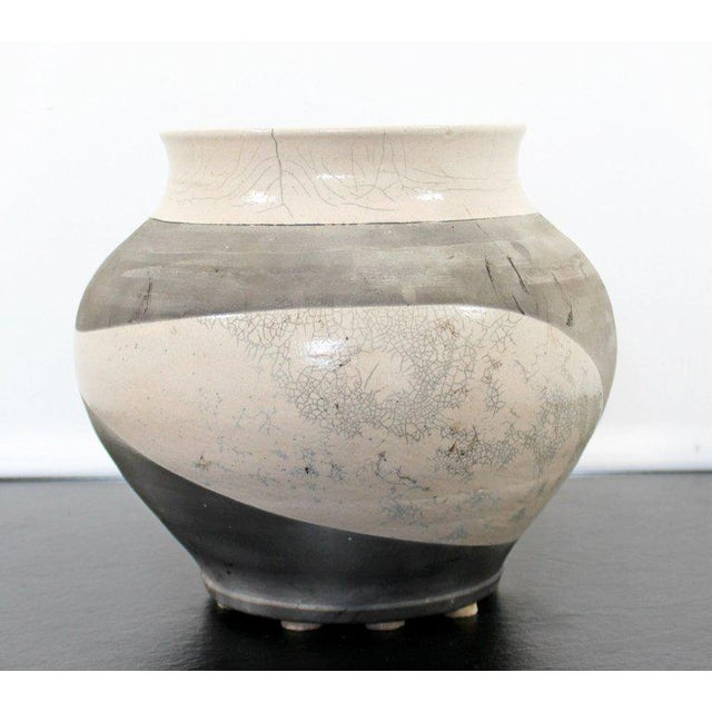 Contemporary Contemporary Robert Kidd Signed Dated Raku Ceramic Pottery, 1986 For Sale - Image 3 of 9