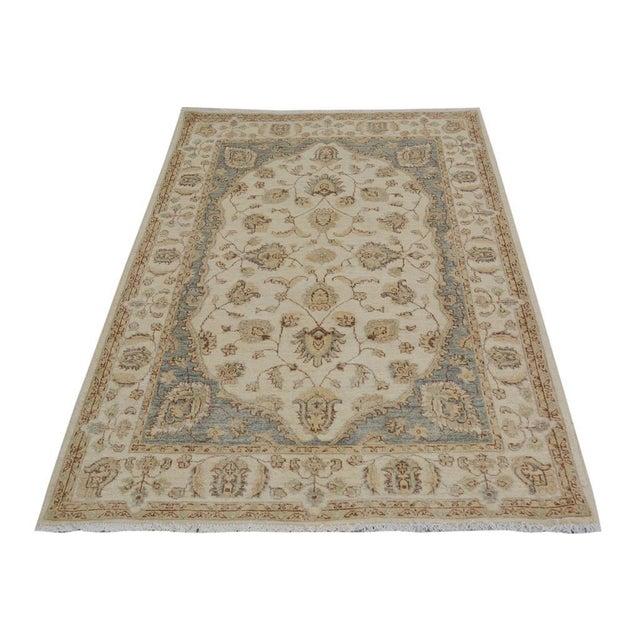 """Kafkaz Peshawar Daren Ivory/Ivory Wool Rug - 3'11"""" X 5'10"""" A9487 For Sale - Image 4 of 7"""