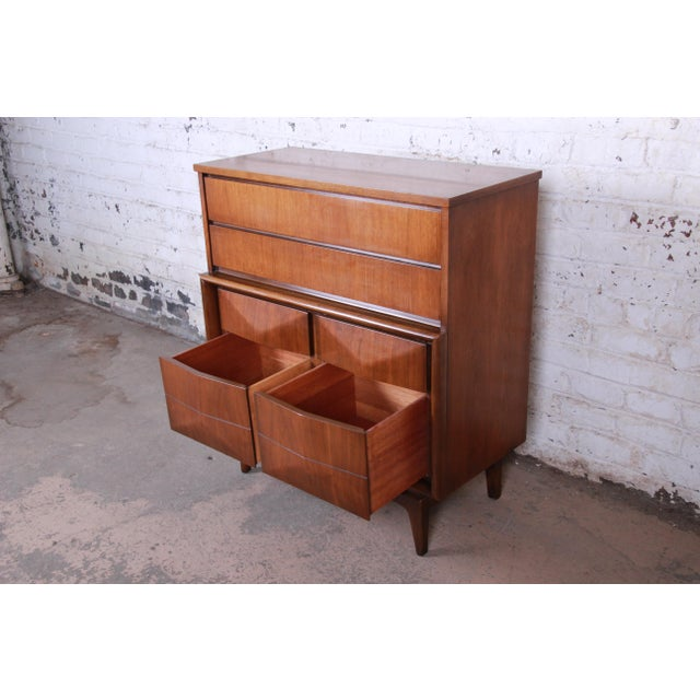 Brown Mid-Century Modern Sculpted Walnut Diamond Front Highboy Dresser by United For Sale - Image 8 of 13
