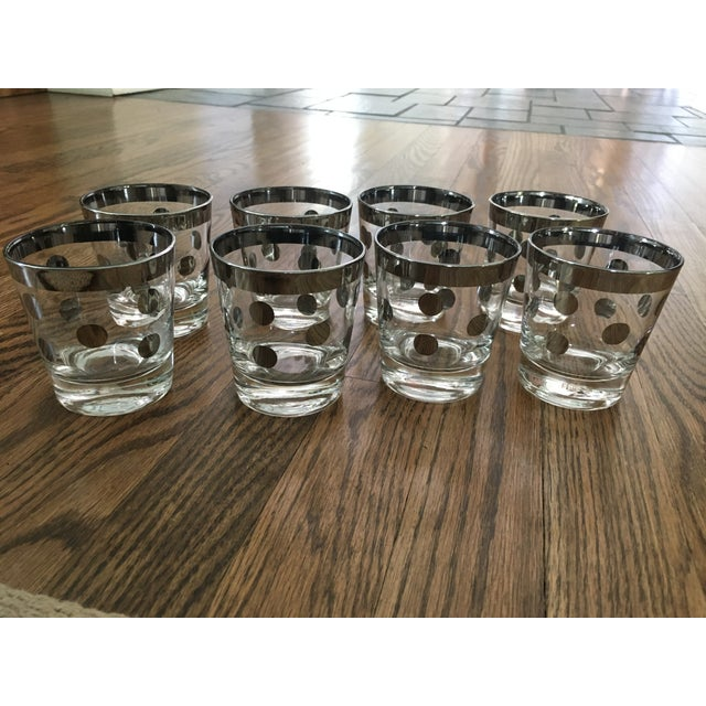 "8 adorable vintage Mid Century Modern Dorothy Thorpe silver polka dot glasses. Measure 3"" in diameter and 3 1/4"" tall."