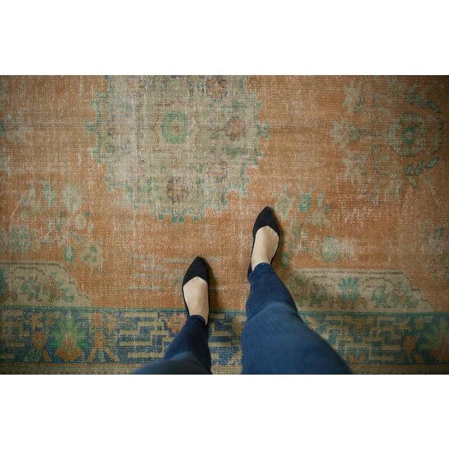 "1950s Vintage Distressed Oushak Carpet - 6'2"" X 9'8"" For Sale - Image 5 of 13"