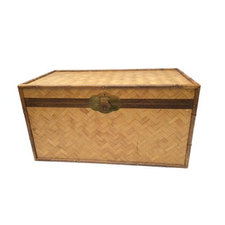 Chinoiserie Split Bamboo Wood Trunk With Brass Hardware For Sale