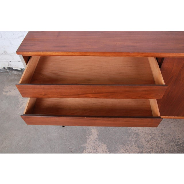 Paul McCobb for Calvin Linear Group Walnut Sideboard Credenza For Sale In South Bend - Image 6 of 12