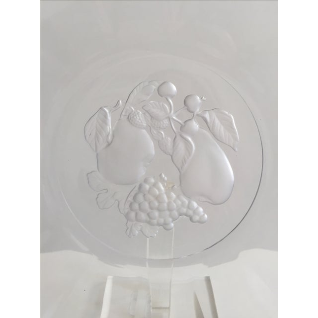 Traditional 1980s Traditional Val St. Lambert Crystal Torte Plate With Fruit Intaglio For Sale - Image 3 of 5
