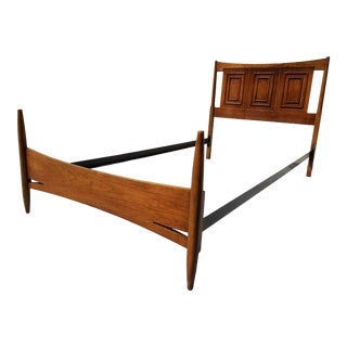 1960s Broyhill Sculptra Mid-Century Twin Bedframe For Sale