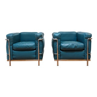 Le Corbusier Lc2 Armchairs - a Pair For Sale