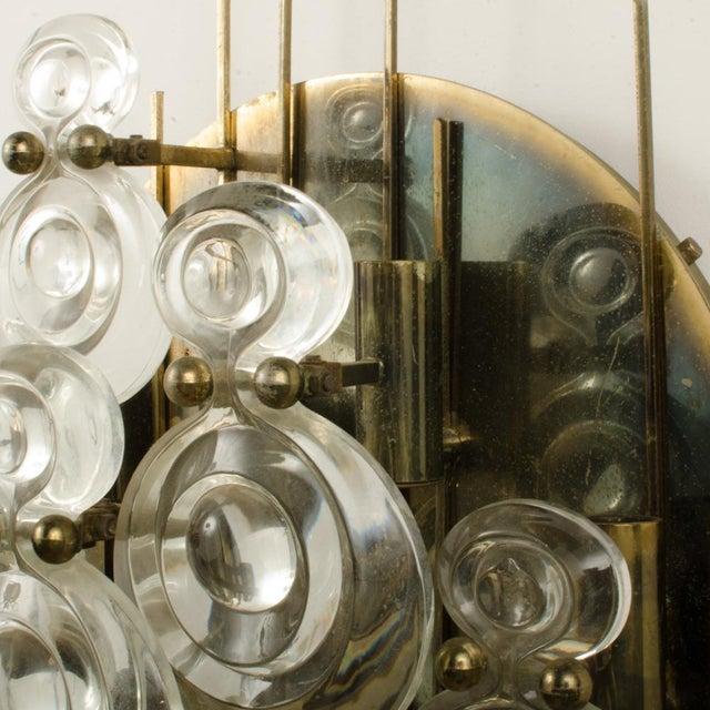 1965 Mid-Century Italian Glass And Brass Wall Sconce For Sale - Image 10 of 13