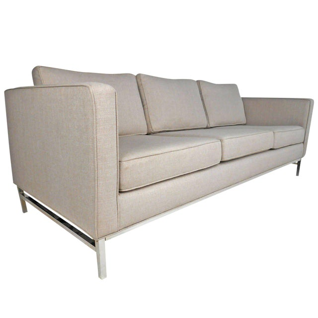 Mid-Century Modern Florence Knoll Style Sofa For Sale