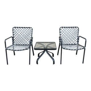 Vintage Mid Century Brown Jordan Tamiami 2 Chair and Table Patio Set- 3 Pieces For Sale