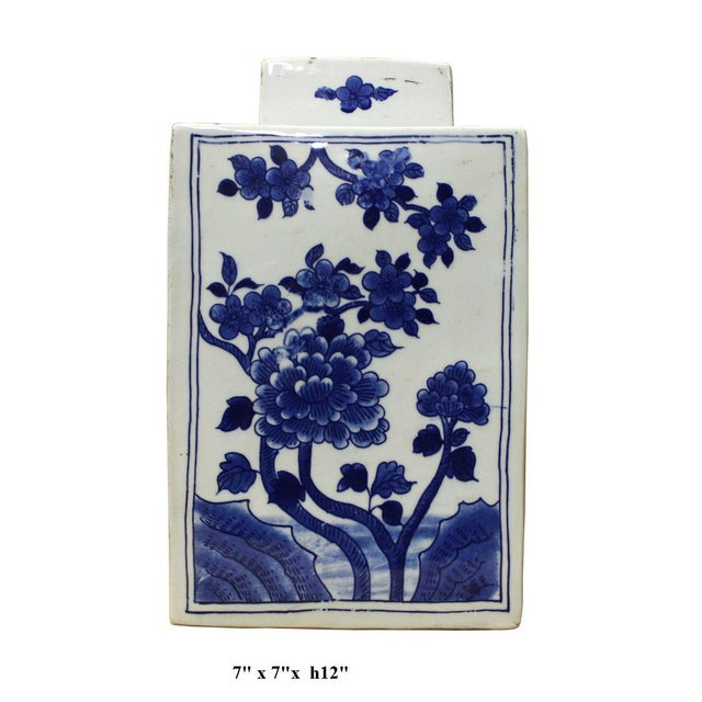 Chinese Blue & White Porcelain Flowers Jar For Sale In San Francisco - Image 6 of 6
