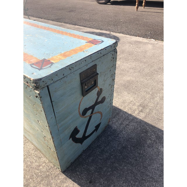 Folk Art 19th Century Painted Trunk From Maine For Sale - Image 10 of 12