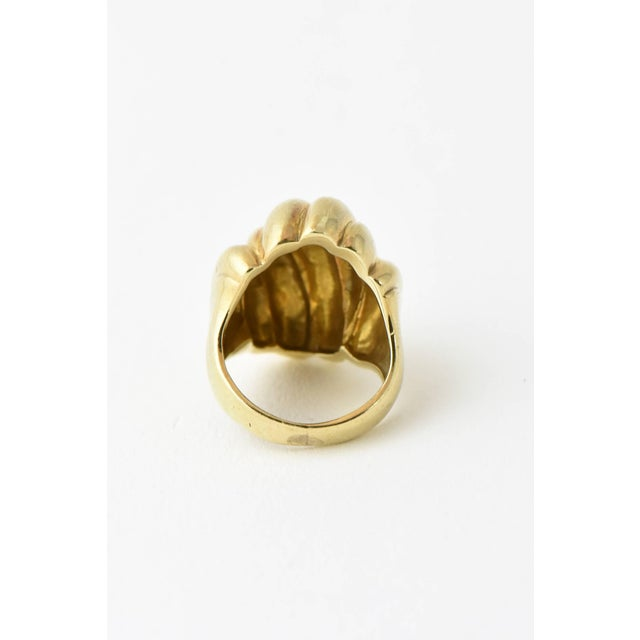 Gold 20th Century Contemporary Stylized Three-Dimensional Ribbed Yellow 14k Gold Ring For Sale - Image 7 of 8