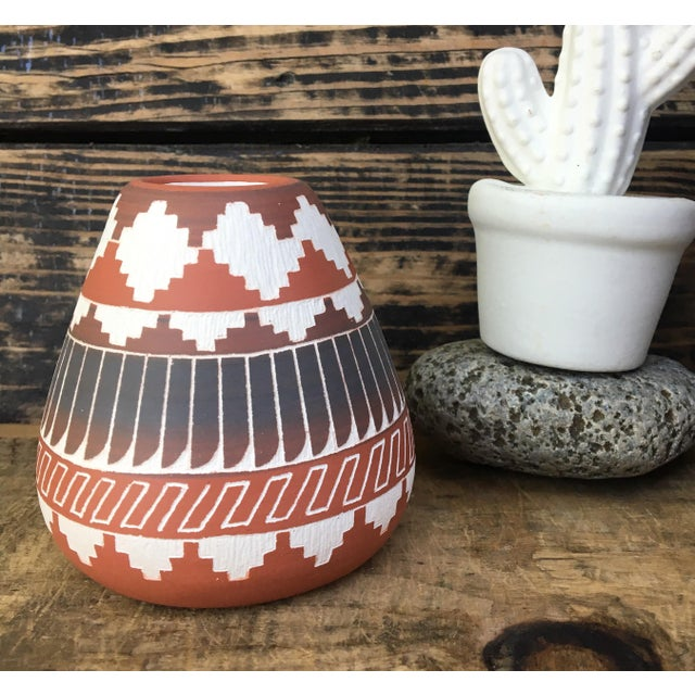 Navajo Indian Pottery Vase - Image 2 of 6