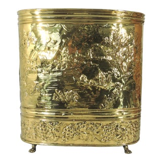 Early 20th Century Antique Brass Dutch Repousse Umbrella Stand (Oval) European For Sale