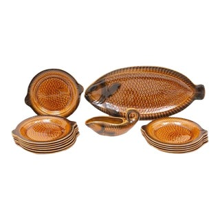 1970s Sarreguemines Majolica Faïence Poisson Motif Dinnerware - Set of 14 For Sale