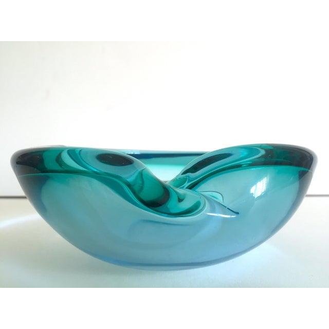 Abstract Vintage Mid Century Modern Rare Flavio Poli Seguso Vetri D' Arte Murano Art Glass Sommerso Bowl Ashtray For Sale - Image 3 of 13