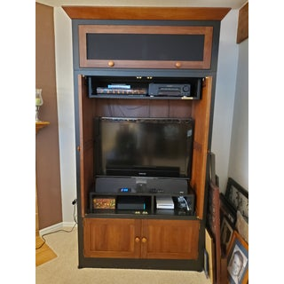 Ethan Allen American Impressions Mission Style Entertainment Center Preview