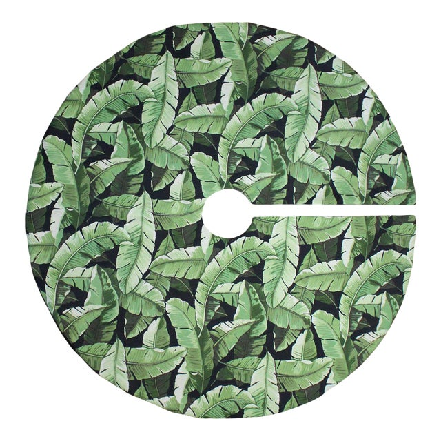 Tommy Bahama Style Green Palm Beach Banana Leaf on Black Christmas Tree Skirt For Sale