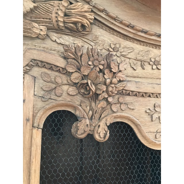 18'th Century French Armoir For Sale In Chicago - Image 6 of 13