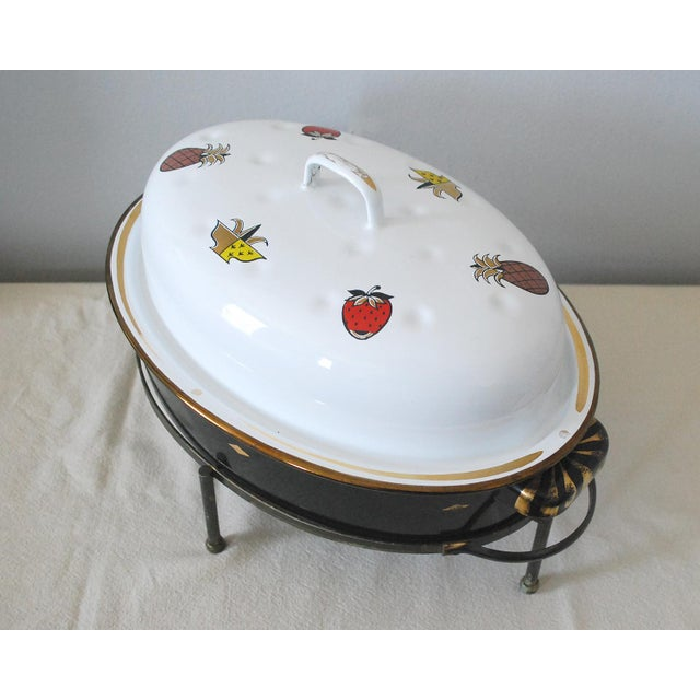 Mid-Century Georges Briard Enamel Roaster With Warming Stand For Sale In Saint Louis - Image 6 of 6