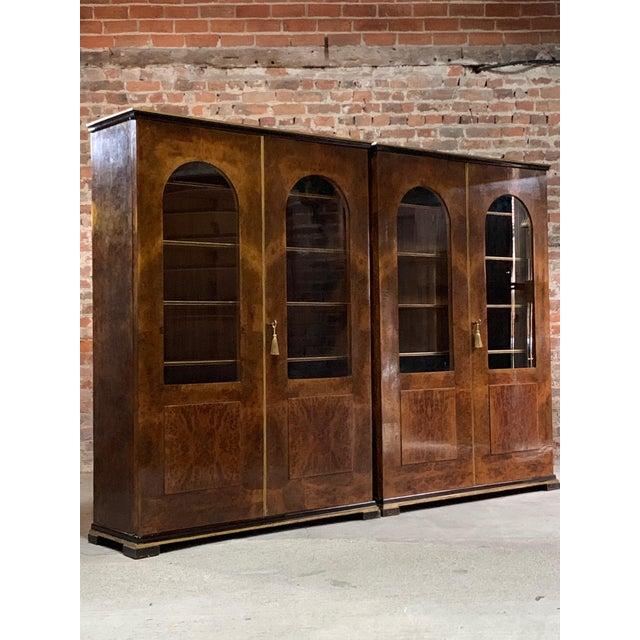 Tomaso Buzzi Tomaso Buzzi Burr Walnut Display Cabinets Bookcases, Italy, circa 1929 - A Pair For Sale - Image 4 of 12
